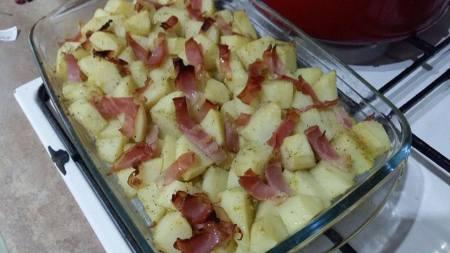 tava de cartofi frantuzesti