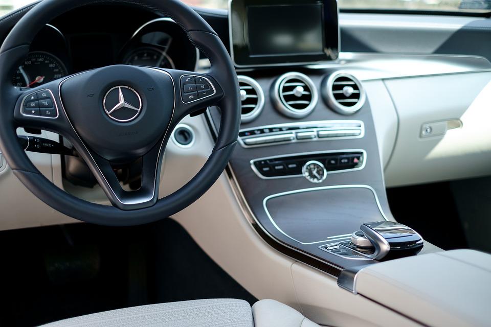 navigaţiile auto