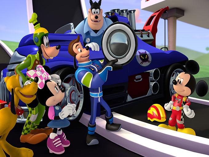 Mickey şi piloţii de curse
